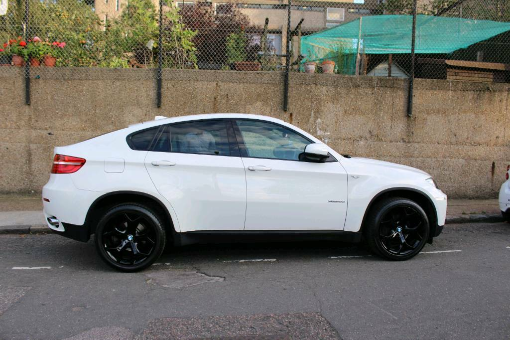 Bmw X6 2013 White In Whitechapel London Gumtree