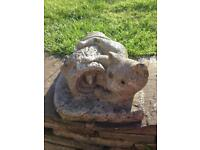 CUTE VINTAGE CAT/KITTEN ON A LOG WITH A MOUSE CONCRETE GARDEN ORNAMENT