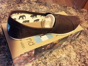 TOMS brown shoes