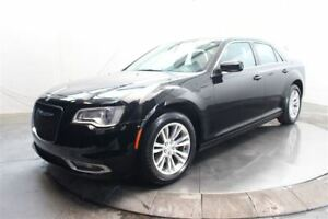 2016 Chrysler 300 LIMITED MAGS TOIT PANO CUIR NAVI