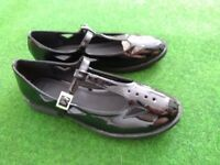 Brand new ASOS black patent t-bar flat shoes, size 6 EUR 39
