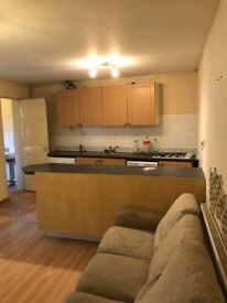 On bedroom flat in Walsall and 1 room in birmingham for rent