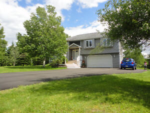 4 bedroom, raised ranch on 1.5 acres - close to Moncton
