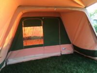 Dutch Canvas Tent De VRIJBUITER with two inner sleep pods and zipped in ground sheet