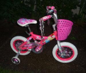 Vélo 12 po pour fillette