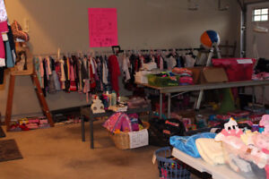 Lots of Brand name girls clothing sale! Gymboree, gap, old navy
