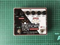 Electro Harmonix Deluxe Memory Boy - analog delay pedal