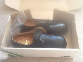 Arco Safety Shoes Brand New Size 7