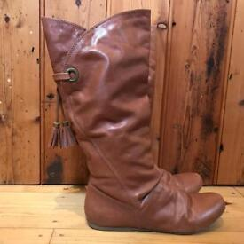 Faith Boots, Size 5