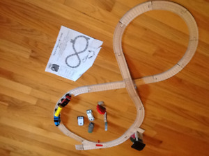 Thomas the Tank Engine  Stop and Go figure 8 set.