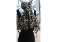 Ladies Scarf Color Leopard Black,Brown.