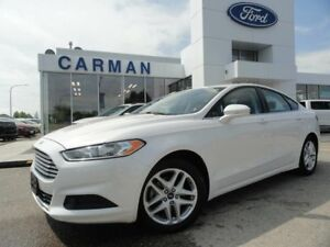 2016 Ford Fusion SE Bluetooth Back-up Camera