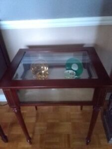 Free Delivery! Bombay Curio Display Table