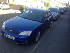 Ford Mondeo ST 220 Performance blue