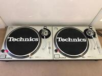 Technics SL1200MK2 pair