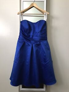 Bridesmaid or Grad Dress size 10-12, with POCKETS