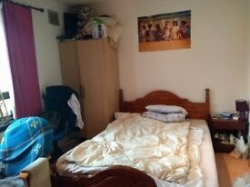 Double Bedroom available from 16.08.17