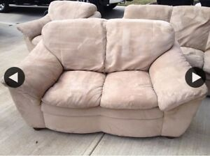 Couch/love seat/chair