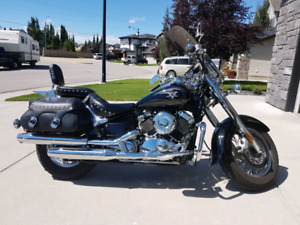 REDUCED!!! 2011 Yamaha V-Star 650 Classic