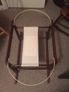 Bassinet rocking Support Stand