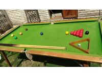 Pool table + 2 cues, snooker balls, triangle and chalk