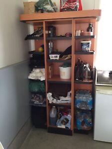 Meuble étagère robuste pour display.