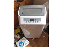Aair condtioner 1600 btu 1 month old with heater