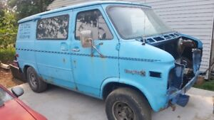Rare hard to find chevy G10 shorty boogy van