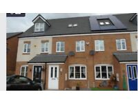 £135000 Quick sale required of 3 bedroom midlink house