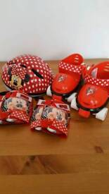 Girls Adjustable Minnie Mouse Roller Skates in backpack. Age 3+