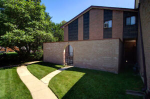 Affordable Townhouse Condo in a Great Location!