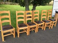 Lovely extendable dining table & 6 chairs