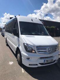 Minibus and coach hire London