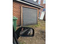 Garage door electrician wih