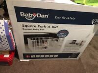 BabyDan square Baby play Pen