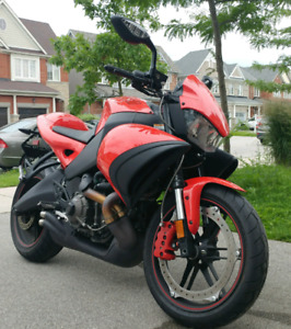 Excellent condition 2009 Buell 1125cr 4300km