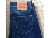 Levi jeans. Men's. W
