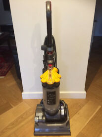 dyson dc 33 in very good condition