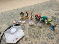 Disney infinity portal and characters