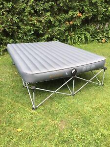 Air mattress with bedframe