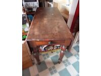 Antique Victorian Extendable 4 - 6 seater pull out dining / kitchen table