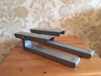 Microwave extendable wall brackets