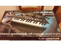 Novation MiniNova Analogue Modelling Compact 37 Mini-key Synth( New Boxed)