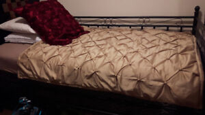 Day bed with single size mattress