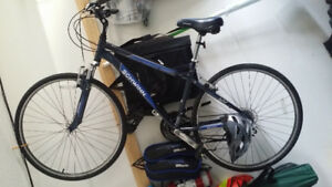 Men's Schwinn 700C Hybrid bike