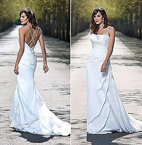 Wedding dress size 8  600 obo