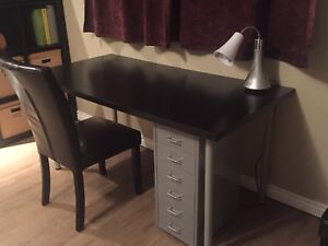 "Table/bureau Ikea 29,5"" x 59"""