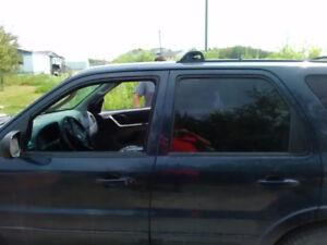 2003 Ford Escape 4 door SUV, Crossover SAFTIED