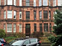 Bright one bedroom flat in Dudley Drive, Hyndland close to Hyndland Station. Immediate let.
