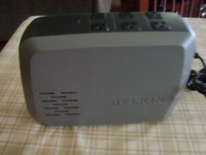 Excellent condition Belkin battery backup & surge protector